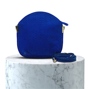 pochette en cuir de python bleu