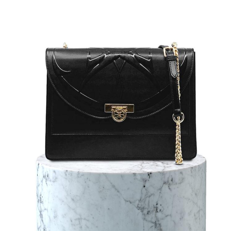 sac en cuir noir portée épaule