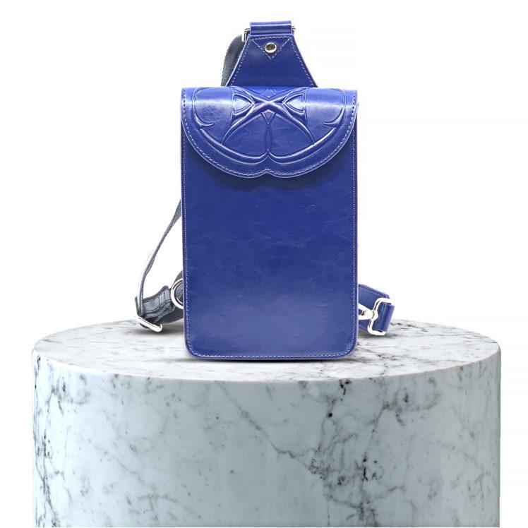 pochette en cuir bleu vintage
