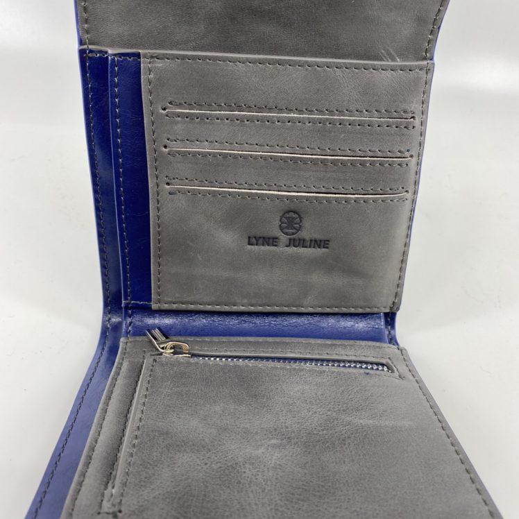 porte feuille en cuir bleu vintage