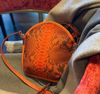 Sarah Li Envie clutch bag  Handmade  Limited Edition  Hand-carried or Italian  2 shoulder straps (one in python leather and one in metal)  Orange python leather  Zip fastener  Velvet lining  2 inside pockets (1 zip and 1 on smartphone)  1 patch pocket on the back  CHF250.00 #fashionstyle #handtasche #accessories #fashionblogger #instastyle #instafashion #tasche #ledertasche #outfitideas #handbag #schweiz #summerbag #switzerland #womenwithclass #womenaccessories #womenbag #milano #london #praha #paris #munich #lynejuline #womanclutch #pristina #lisboa #collection7pechescapitaux - January 16, 2020