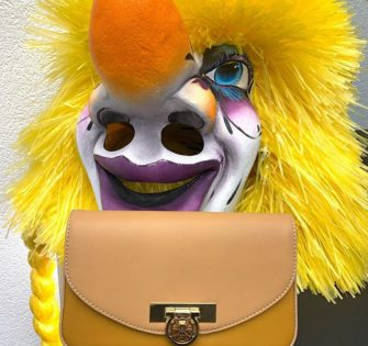 Carnaval Time avec Maé - - - - - -#lynejuline #handbag #instabag #bagoftheday #sacamain #editionlimitee #handtasche #leatherbag #sacencuir #itbag #womanbag #womanwithclass #ledertasche #womanaccessories #beunique #beyou #soittoimeme #soitunique #likeiam #commejesuis #commetues #paris #london #milano #portofino #sttropez #zurich #lyon#makeitwithlove - February 23, 2020