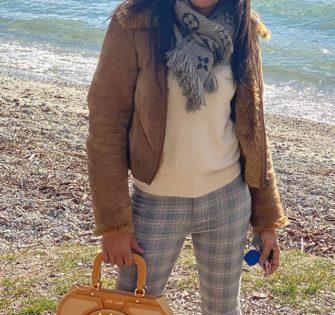 Rock attitude avec le nouveau sac Bessie de Lyne Juline. Rien ne vous fait peur # osezlynejuline - -  #lynejuline #handbag #instabag #bagoftheday #sacamain #editionlimitee #handtasche #leatherbag #sacencuir #itbag #womanbag #womanwithclass #ledertasche #womanaccessories #beunique #beyou #soittoimeme #soitunique #likeiam #commejesuis #commetues #paris #london #milano #portofino #sttropez #megeve #stmoritz #zurich - February 20, 2020